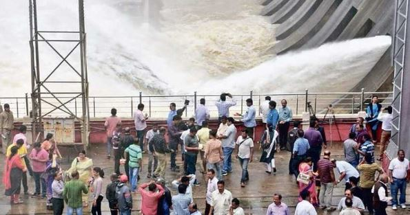 Season's first flood water released from Hirakud dam