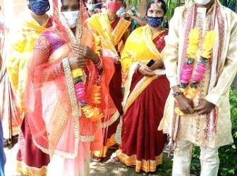 Star-crossed lovers get married at temporary medical centre in Bolangir