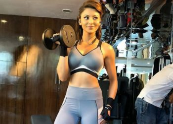 Watch: Urvashi Rautela works out with 80-kilo weights