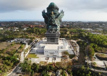 Lord Vishnu's tallest statue is in a Muslim country; Read more