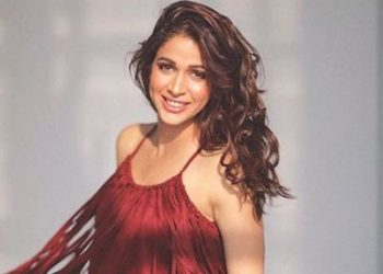 Actress Lavanya Tripathi discovers unique way to cut onions!