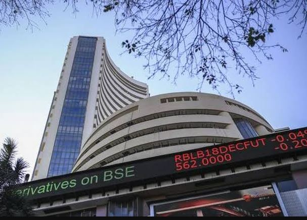 Sensex surges over 250 pts in early trade; Nifty tops 17,400