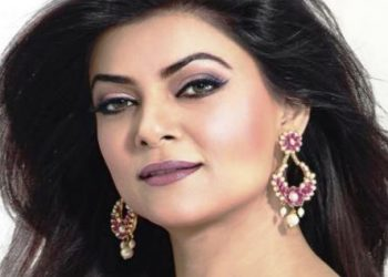 Actress Sushmita Sen looks powerful in 'Aarya'