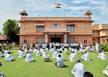 Congress MLAs supporting Rajasthan CM Ashok Gehlot protesting at the Raj Bhavan in Jaipur July 24, 2020.  (Photo credit: PTI)