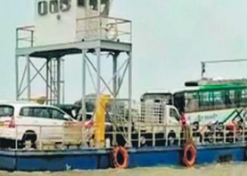 Chilika lake floating bridge vessel, boat services suspended for 7 days amid COVID-19 pandemic
