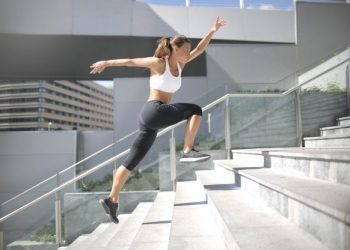 This 7-minute staircase exercise will help you beat heart attack risks