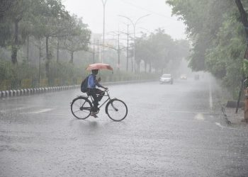 IMD issues rainfall, lightning warning for 10 Odisha districts