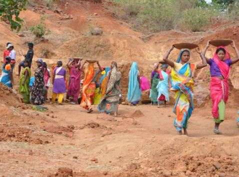 Govt needs to think beyond MGNREGS: Experts