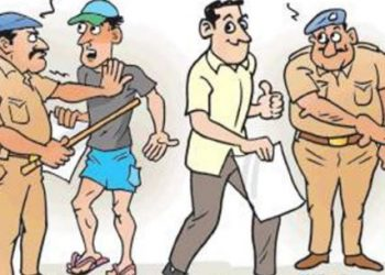 2 youths impersonating as cops in a bid to extort money arrested in Bhubaneswar