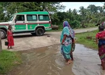 Water logging forces woman in labour to walk till ambulance in Odisha