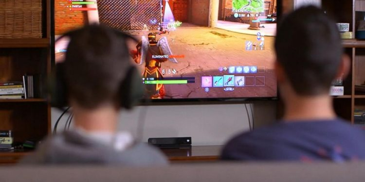 Good news to video game lovers: Playing video games as child may improve working memory later