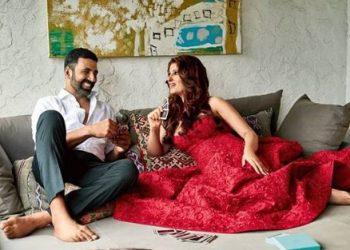 Birthday boy Akshay Kumar treats wife Twinkle as a queen