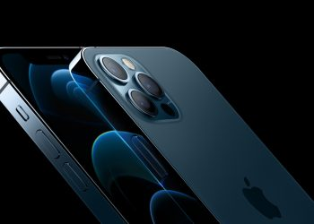 The 6.1-inch iPhone 12 Pro and 6.7-inch iPhone 12 Pro Max feature the largest Super Retina XDR displays ever on iPhone