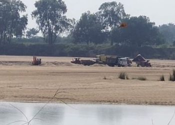 Sand looted from Rushikulya supplied to Andhra Pradesh