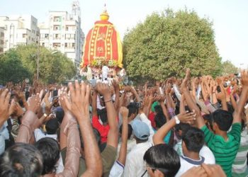 Srimandir servitors, devotees approach police as ISKCON celebrates Rath Yatra on wrong day in USA