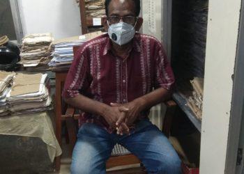 Vigilance sleuths arrest crorepati Hindi teacher in Ganjam