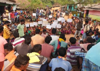 Villagers in Malkangiri take up cudgels against Maoists