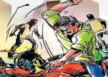Shocking! Man, son severely beaten for using well water in Dhenkanal, battling for life at DHH
