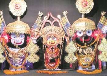 Trinity at Shree Jagannath Temple adorns 'Nagarjuna Besha' after 25 years