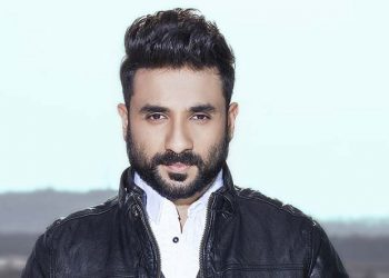 Vir Das urges celebrities to stop posting videos of COVID-19 test