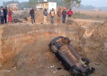 BJP leader Jaynarayan Mohanty's son Dibyakam, two family members seriously injured as car skids off bridge