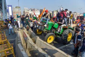 Groups of farmers at Singhu, Tikri border enter Delhi breaking barricades; cops fire tear gas shells Orissa Post RSS Feed INTERNATIONAL DAY OF THE FAMILY - 15 MAY PHOTO GALLERY  | PBS.TWIMG.COM  #EDUCRATSWEB 2020-05-14 pbs.twimg.com https://pbs.twimg.com/media/EYByb76UwAQ9LIU?format=jpg&name=small