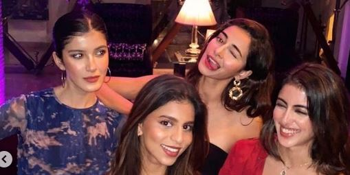 Suhana Khan parties with BFFs Ananya Panday, Shanaya Kapoor, Navya Naveli Nanda