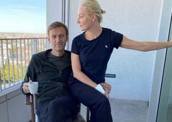 Alexei Navalny and Yulia Navalnaya