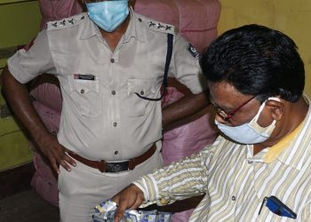 Banned gutkha worth Rs 33L seized in Cuttack