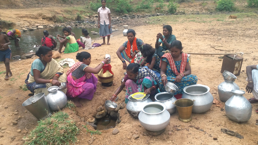 Sans Basudha Yojana, tribals feed on creek water in Sambalpur - OrissaPOST