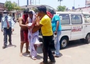 Servitor attacked inside Srimandir
