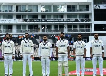 Indian cricketers wear black armbands in honour of Milkha Singh