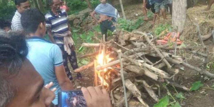 Childless couple performs last rites for pet 'goat' in Keonjhar district