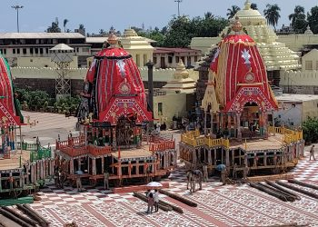 Chariots of Lord Jagannath, Lord Balabhadra and Devi Subhadra parked outside the Lions' Gate of Srimandir on the eve of Rath Yatra festival in Puri, Sunday     (PIC: Yagneswar Mohanty)