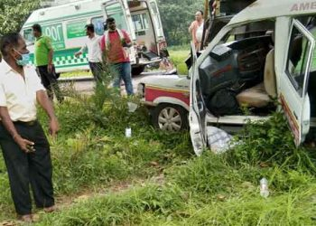 4 killed as ambulance collides head-on with tanker in Rayagada district
