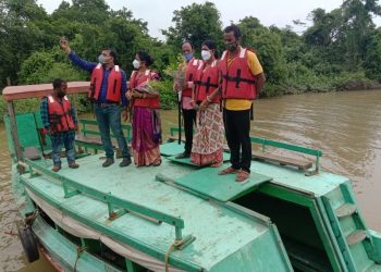 Boating facility for tourists at Dangamala entry point