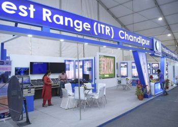 Explore current trends DRDO chairman