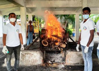 Elderly woman's body cremated 15 hours after death in Bargarh