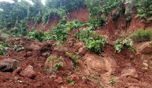 2 women buried under mound of earth; 1 dies, another injured